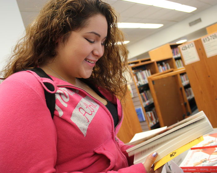 Niles West to Host the Break for Books