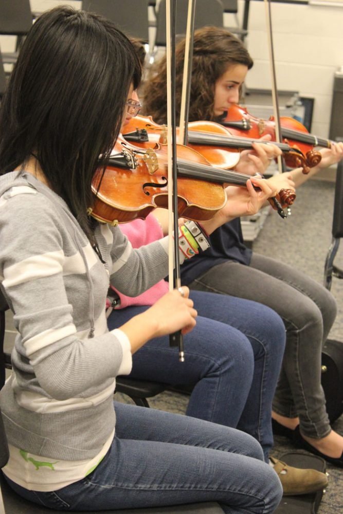 Orchestra+practicing+for+the+Orchestra+Chamber+Music+Recital.+Photo+by+Stephanie