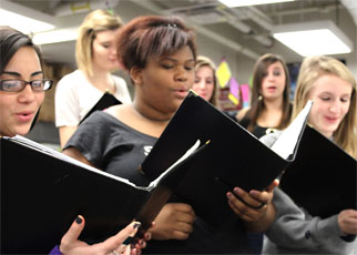 Annual Holiday Choir Concert To Be Directed by Substitute