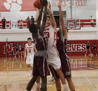 Wolves Defeat Hersey in Opening Game
