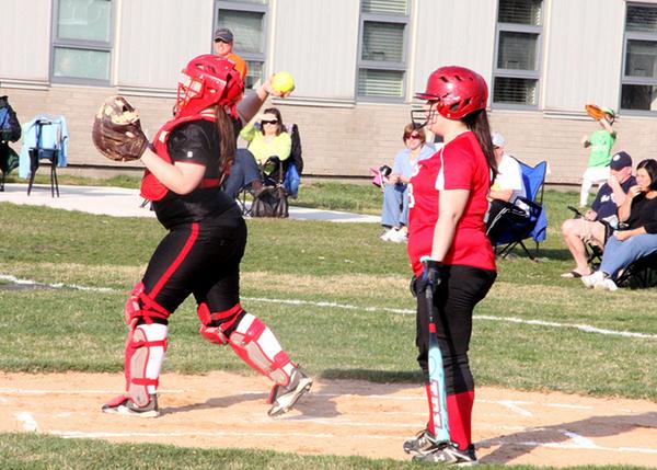 2013 Girls' Softball Preview