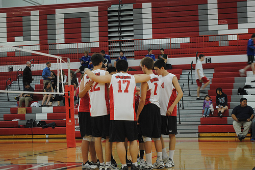 Boys' Volleyball Loses to New Trier