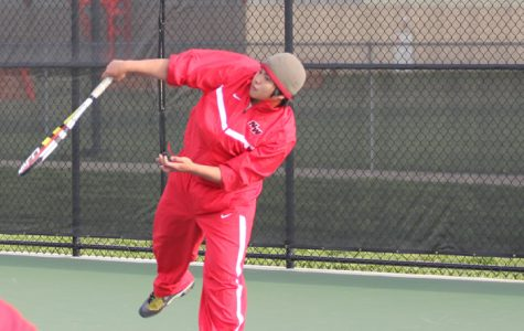 Boys' Varsity Tennis Crushes Niles North 6-1