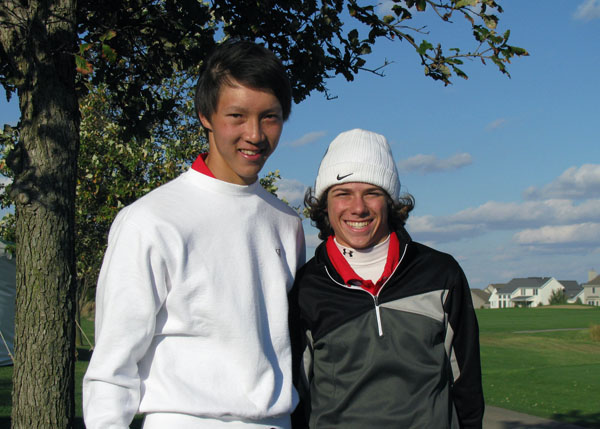 Senior Nate Lee and sophomore Skylar Levine at the state gold tournament. Photo courtesy of the Lee family