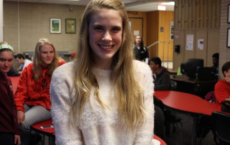 Junior Emma Helgeson