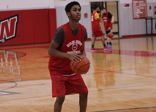 Senior Ahmad Gibson works on his game at the free throw line. This will be Gibsons fourth and final varsity campaign. Photo by Kaylee Robinson