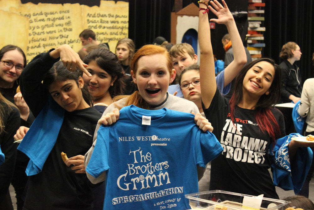 Cast+members+of+The+Brothers+Grimm+receive+play+t-shirts+Thursday%2C+Dec.+12.+Photo+by+Katrina+Nickell