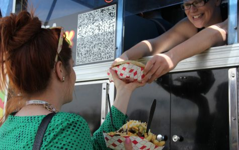 Food Trucks: Providing Good Vibes & Good Eats to the Bayfront