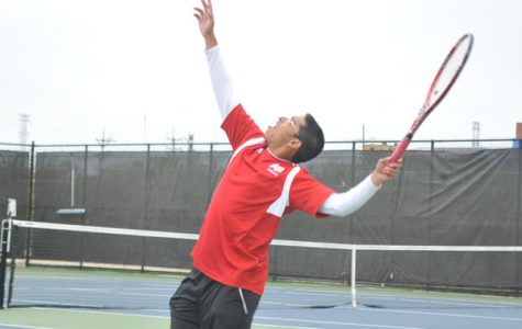 Boys Tennis Falls To Niles North