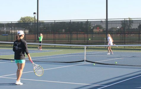 2014 Niles West Girls Varsity Tennis Preview