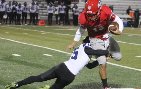 Boys Football Qualifies for Playoffs; To Play Maine South This Weekend