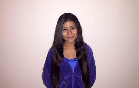 Freshman Friday: Isabella Gil