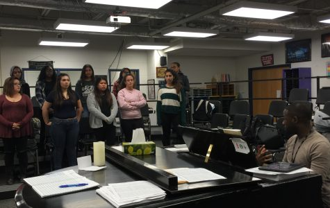 Choir and Orchestra Team Up for Holiday Concert