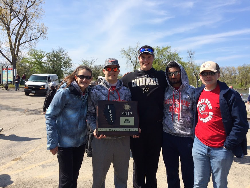 Niles+West+Bass+Fishing+Team+Qualifies+for+State