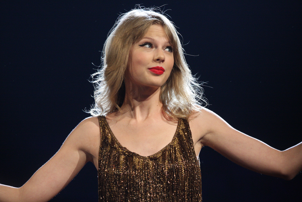 6 Things to Never Say To A Swiftie
