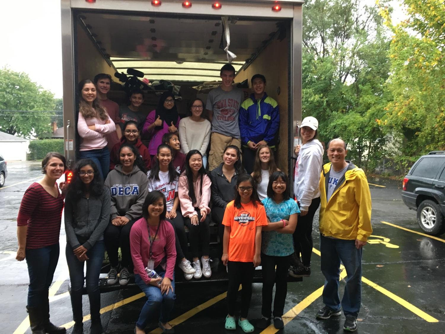 Members of NHS volunteering at the Niles Township Clothing Closet on October 14, 2017.