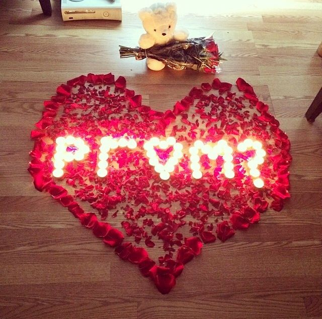 Roses+extravagantly+displayed+in+the+shape+of+a+heart%2C+asking+somebody+to+prom.+