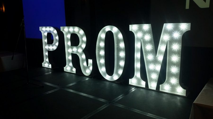 The+Ultimate+Prom+Night+Survival+Guide