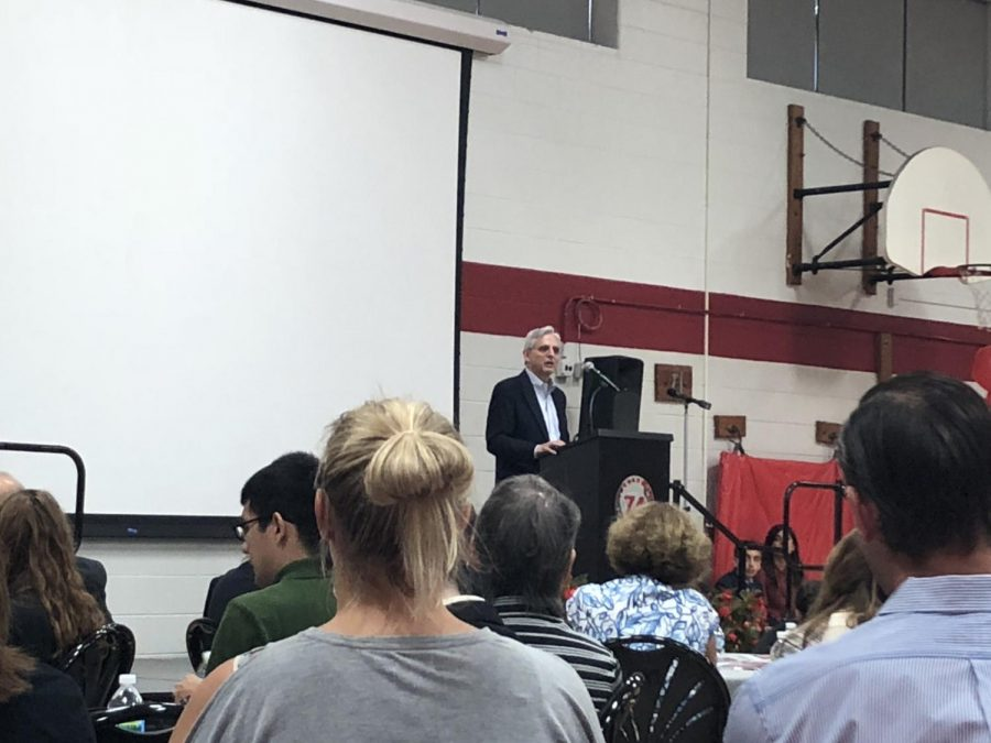 Garland delivered his speech to students, staff, and members of the Lincolnwood community.