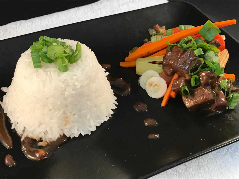 Beef+and+vegetable+stir+fry