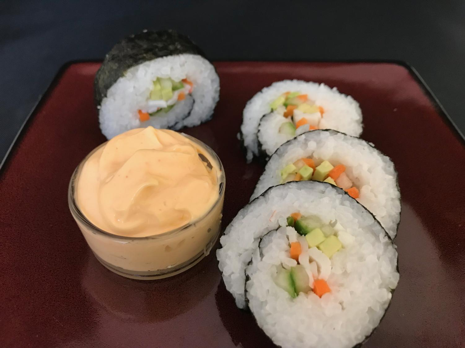 California+sushi+rolls+with+spicy+mayo