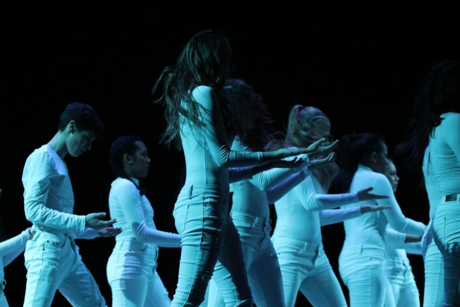 Orchesis performs a surprising techno piece that not many had seen before.