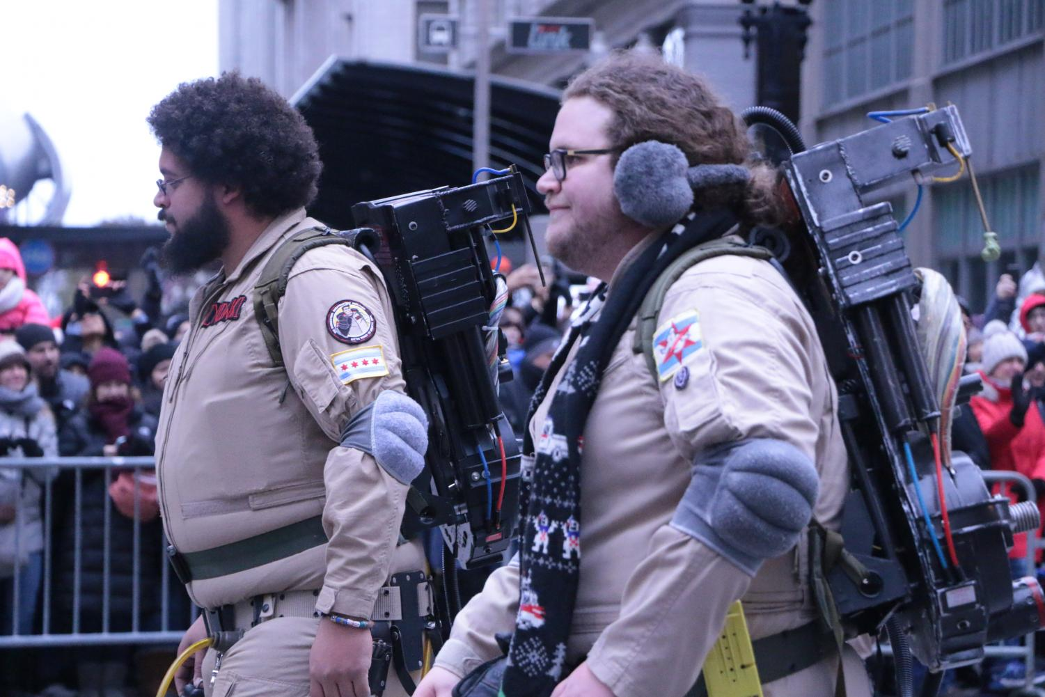 Windy+City+Ghostbusters+looking+for+ghosts.
