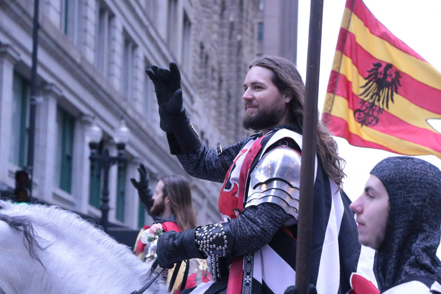 Medieval+Times+making+an+appearance+in+the+Chicago+Thanksgiving+Parade.