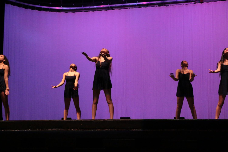 Orchesis+members+performing+the+heartfelt+dance+%22Bruises%22+choregraphed+by+senior+Salma+Abu+Taleb.