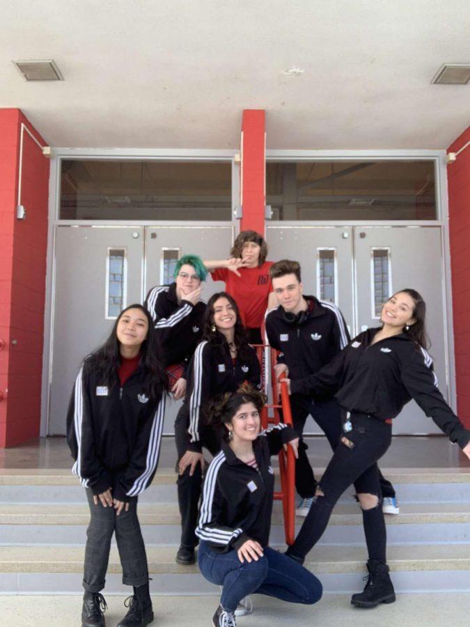 The+2019-2020+Poetry+Slam+team.
