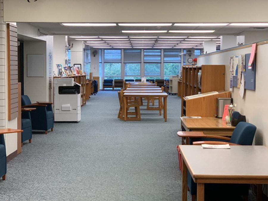 The Niles West library open to scheduled classes, but closed to study hall students due to staffing shortage, fall 2021.